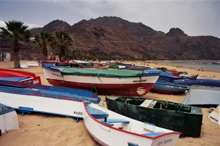 boats-on-beach-in-tenerife-1396212